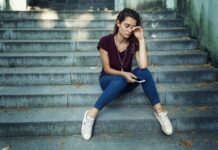 Why More And More People Can Experience Periodic Affective Disorder This Season